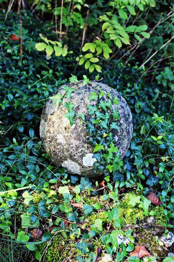 stone-ball-427479_960_720